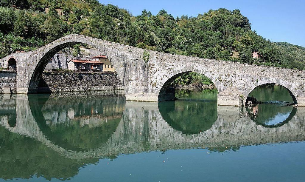 ponte del diavolo - ponte della maddalena lucca